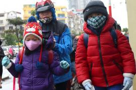 Sau Tết Dương lịch, học sinh nhiều nơi vẫn nghỉ học do rét đậm