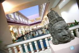 """Thành phố du lịch của Campuchia """"biến hóa"""" trong dịch bệnh"""
