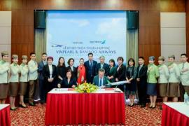 Tỷ phú Phạm Nhật Vượng bắt tay với hãng hàng không của ông Trịnh Văn Quyết