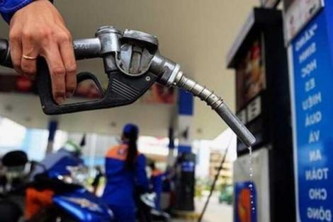 Tiếp tục xả quỹ để giảm mức tăng giá xăng dầu