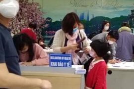 Từ 6 giờ sáng 7/3, khai báo y tế bắt buộc với tất cả khách nhập cảnh Việt Nam