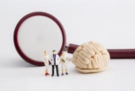 Phân biệt 9 tình trạng bệnh giống tự kỷ