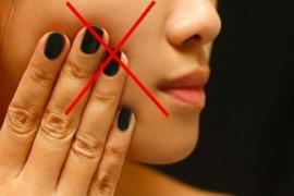 Bộ phận cơ thể nên hạn chế chạm tay vào vì dễ nhiễm khuẩn