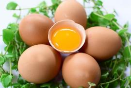 Trứng 'đại kỵ' với người bị tăng huyết áp, tim mạch, mỡ máu?
