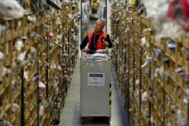 Giữa đại dịch, Amazon kiếm 10.000 USD trong một giây