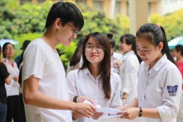 Kiến nghị Bộ trưởng Bộ GD&ĐT hạn chế việc xét tuyển vào đại học bằng học bạ