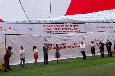 TPHCM: Khai mạc giải Marathon Quốc tế Techcombank mùa thứ 4