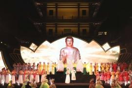 """Đại nhạc hội """"Đóa Sen thiêng"""" kính mừng Đại lễ Phật đản Vesak đã thu hút sự tham dự của hàng nghìn Phật tử"""