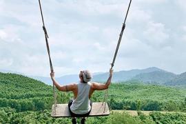 Không cần đến Bali, khách Việt vẫn có thể check-in 'xích đu tử thần'
