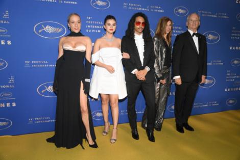 Dàn sao tỏa sắc trên thảm đỏ LHP Cannes lần thứ 72 nhờ trang sức BVLGARI và CARTIER