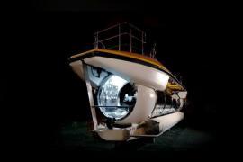 """Mua tàu ngầm thám hiểm - """"Lá bài"""" mới của ông Phạm Nhật Vượng để Vinpearl Nha Trang vượt qua Maldives, Hawaii, Jeju?"""