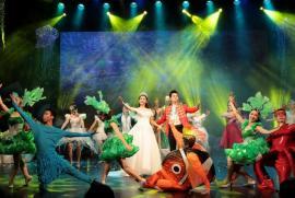 """Nhà hát Tuổi Trẻ mang """"Giấc mơ nàng tiên cá"""" đến đông đảo khán giả nhí tại TPHCM"""