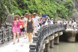 Việt Nam đón gần 7,3 triệu lượt khách quốc tế trong 5 tháng đầu năm