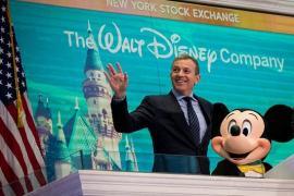 """Ông chủ Disney và câu chuyện từ chàng gác cổng vô danh đến chiếc ghế """"chủ tịch"""" quyền lực: Từng làm đủ nghề như xúc tuyết, cạo kẹo cao su khi mới 13 tuổi"""