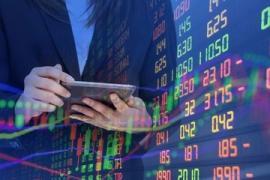 Cổ phiếu ngân hàng và chứng khoán hút dòng tiền, thị trường tăng điểm