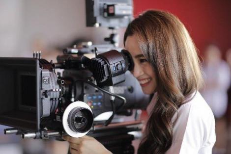 Trai xinh gái đẹp Đại học Bangkok khoe trường bằng phim ngắn cực hay