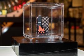 Zippo cán mốc 600 triệu bật lửa toàn cầu