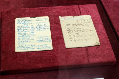 Lần đầu tiên trưng bày giới thiệu 2 cuốn sổ tay của Bác Hồ