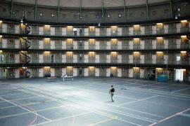 Chuyện lạ: Hà Lan quá thiếu tù nhân, phải rao bán trại giam hoặc biến thành nơi ở cho người nhập cư