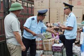 Hàng ngoại lộng hành gắn mác 'made in Vietnam' móc túi người tiêu dùng