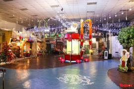 Nhiều điểm du lịch, vui chơi ở Hà Nội trang hoàng rực rỡ đón Tết Trung thu