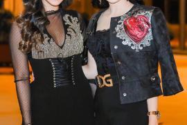 """Cựu diễn viên Thủy Tiên cùng con gái diện đồ hợp mốt thu đông """"tông xoẹt tông"""""""