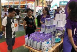 Triển lãm Vietbaby Hà Nội 2019 thu hút rất đông khách hàng tới mua sắm, vui chơi