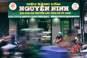 """Truyền nhân đời thứ 5 nhà bánh cốm lâu đời nhất Hà Nội kể về mùa cưới """"ế ẩm"""" nhất mọi thời đại, tiết lộ vị trí quan trọng của bánh cốm trong tráp sính lễ"""