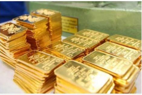 Vàng trong nước vẫn cao hơn thế giới 4 triệu đồng mỗi lượng, 'buôn lậu vàng' có nguy cơ tái diễn
